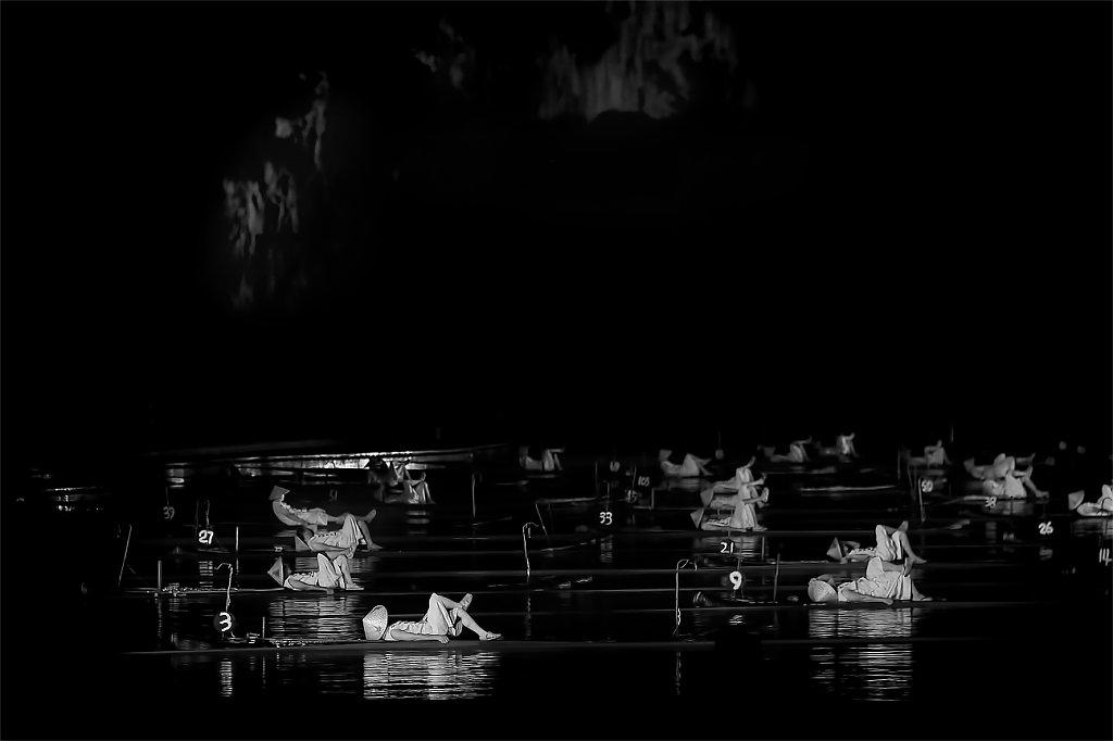 IMG-9539-Guangxi-Yangshuo-20150726-fishermanI-BN.jpg