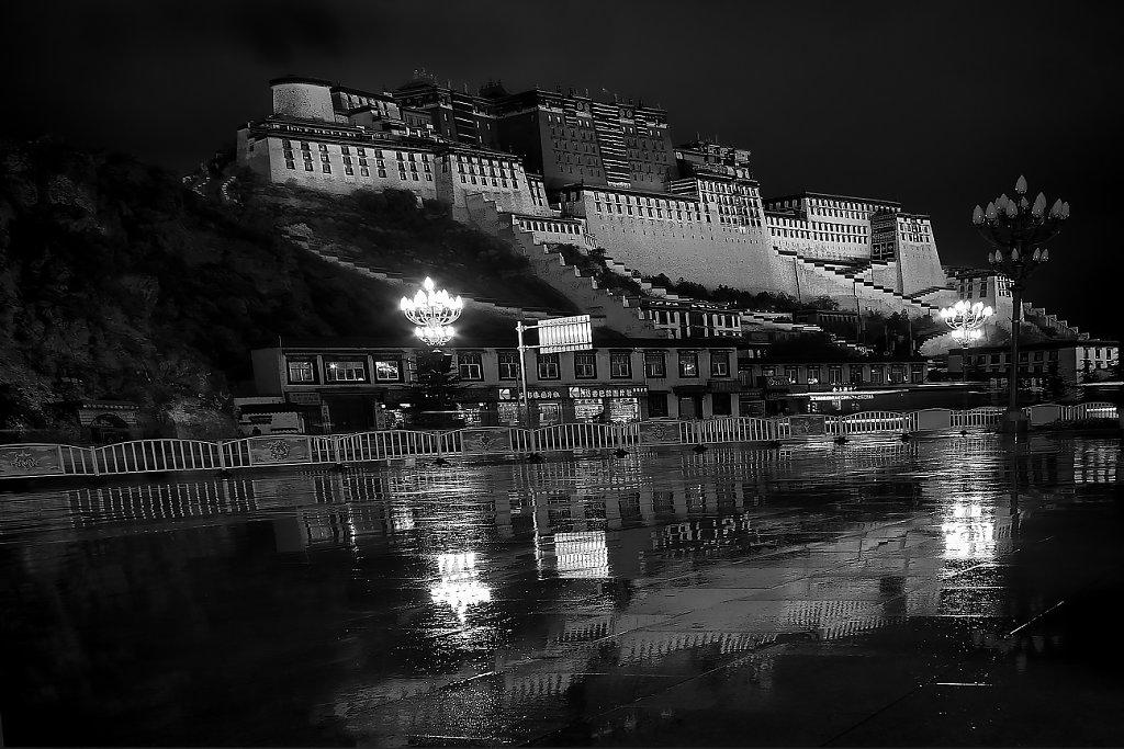 IMG-4972-Tibet-Lhasa-20130624-PotalaIII.jpg