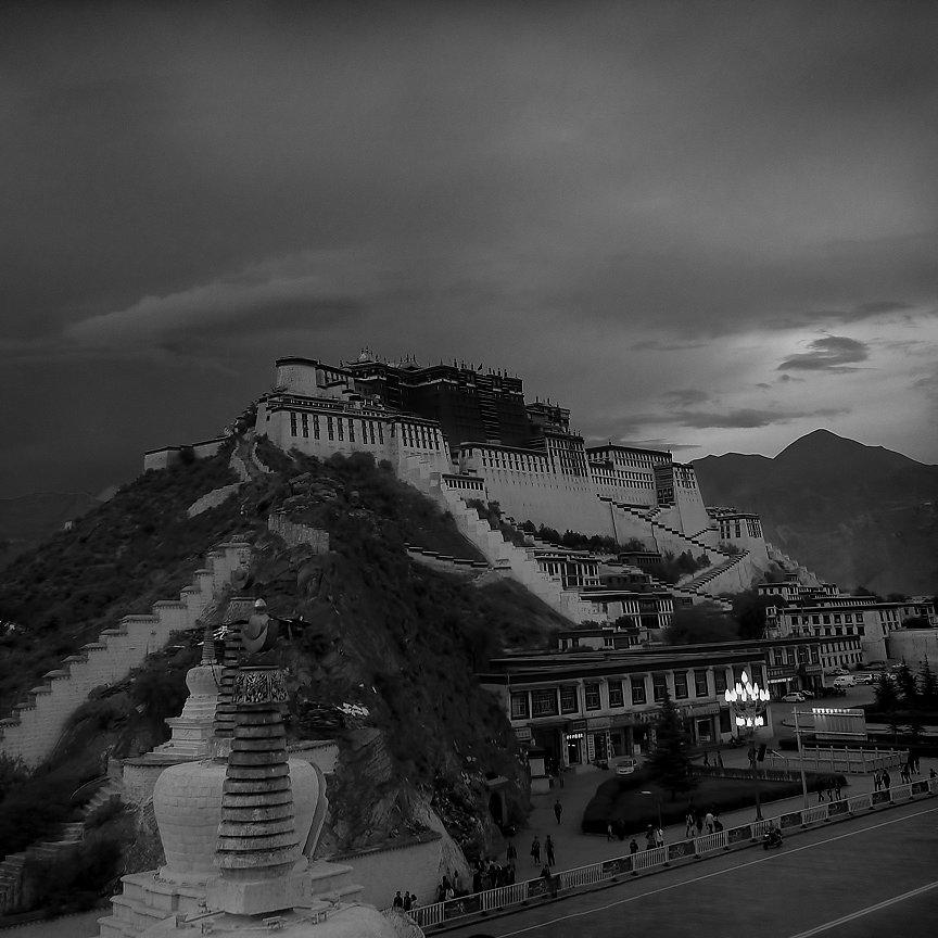 IMG-4536-Tibet-Lhasa-20130623-PotalaI.jpg