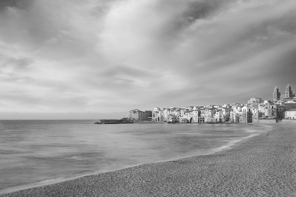 1C6B1551-Sicilia-Cefalu-20170516-seascape-XIII.jpg