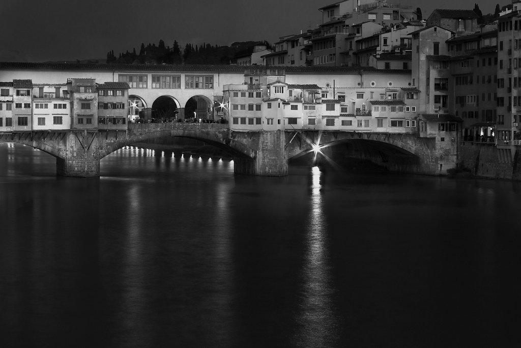 1C6B1835-6-7-Tuscany-Firenze-20180513-bridgeXIIV0.jpg