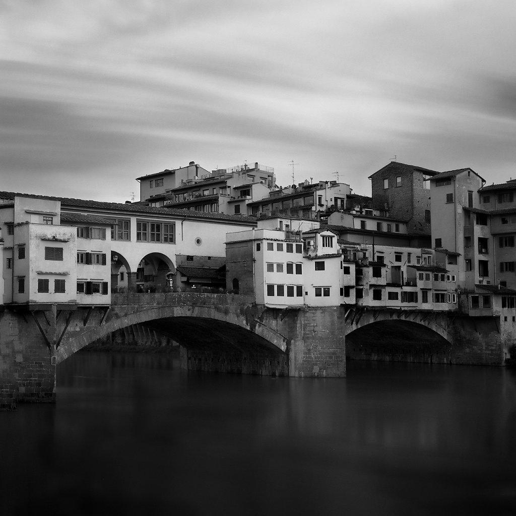 1C6B2176-Tuscany-Firenze-20190522-bridgeXIII.jpg